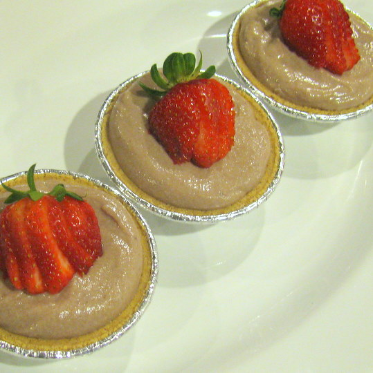 Cocoa Berry Tarts - with strawberries