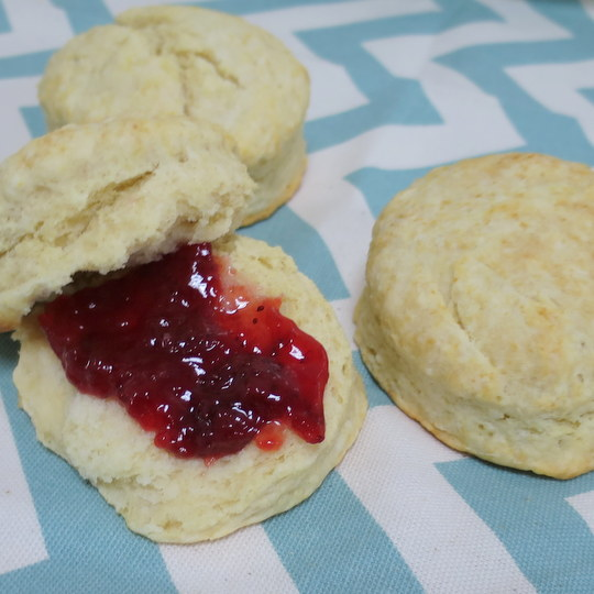 Back to Basics: Buttermilk Biscuits