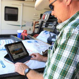 090214_Farmer_iPad.jpg